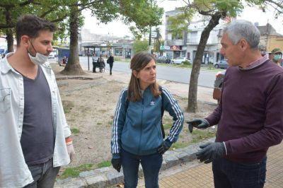 Cagliardi y Raverta recorrieron centros de entrega de alimento: