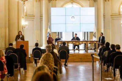 Sesión atípica de Legislatura aprobó pedido de emisión de deuda de Larreta