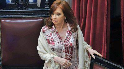 Cristina Kirchner monitorea con bajo perfil el avance del coronavirus
