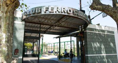 Ferro se convirtió en el primer club en pedirle repros al Gobierno para pagar salarios