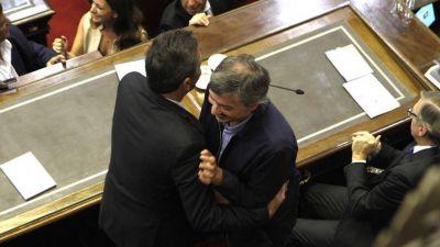 Máximo ultima su proyecto de impuesto a los ricos y se abre una negociación con la Rosada