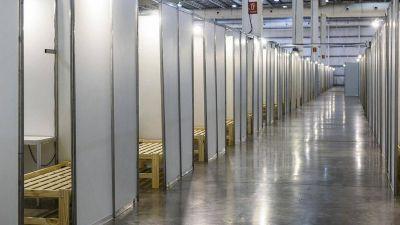 Instalan un centro de salud con 2.452 camas en Tecnópolis para enfermos leves de coronavirus