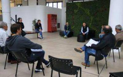 Lanús: Grindetti encabezó comité de emergencias con concejales y consejeros escolares