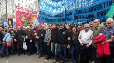 La Corriente Federal solicita al gobierno que convoque a las organizaciones sindicales y sociales