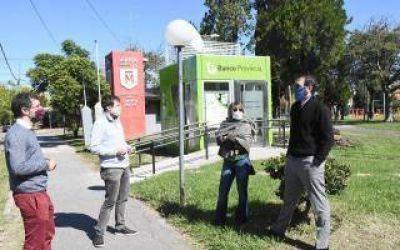Ghi, Cuattromo y Di Tullio inauguraron nuevos cajeros automáticos en Morón