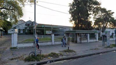 Cinco médicos y diez enfermeros del hospital de San Martín que visitó Axel Kicillof el viernes tienen coronavirus