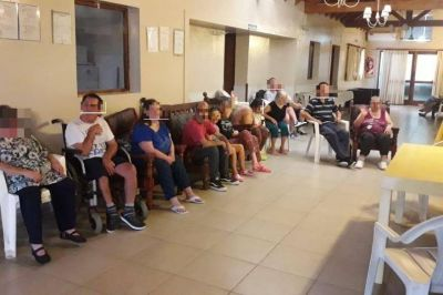 Una institución que trabaja con personas discapacitadas no puede más por la enorme deuda de IOMA