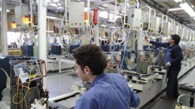 Las empresas fueguinas pactaron reducciones del 30% del salario mientras dure el aislamiento