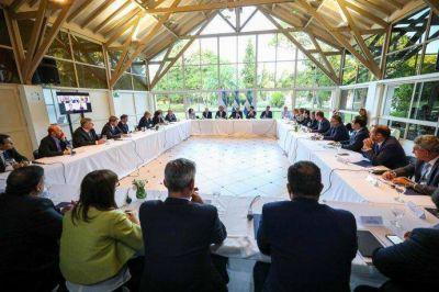 Deuda: Alberto recibe a gobernadores antes de lanzar oferta a bonistas
