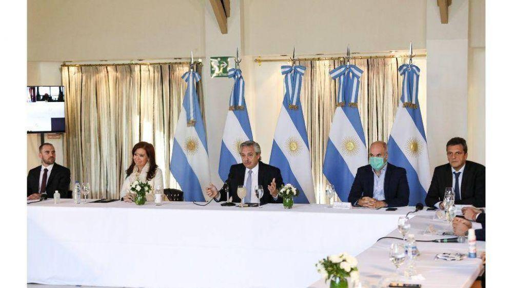 Fernández sumó el respaldo unánime de los gobernadores al anunciar su propuesta de canje