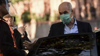 Renuncian dos funcionarios de Larreta por los casos de los barbijos y el hotel