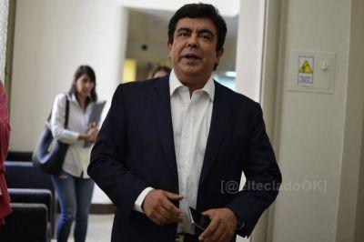 """Espinoza, tras reunirse con Kicillof: """"Tenemos que redoblar esfuerzos para que se cumpla el aislamiento"""""""