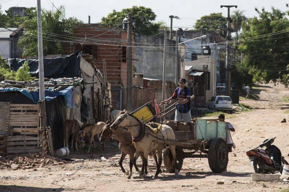 Coronavirus: el Gobierno prevé que el índice de pobreza estará entre 45 y 50% cuando termine la pandemia