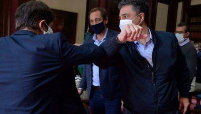 Fondos insuficientes para afrontar sueldos en La Plata, los temas que tocaron Kicillof y Garro