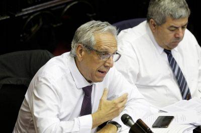 """Legislativos repudian a Suárez Lastra y le avisan que """"el Congreso está abierto"""""""