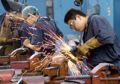 Metalúrgicos, en pulseada por recorte salarial y la prevención sanitaria para volver al trabajo