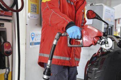 Gobierno continúa análisis por barril criollo de petróleo