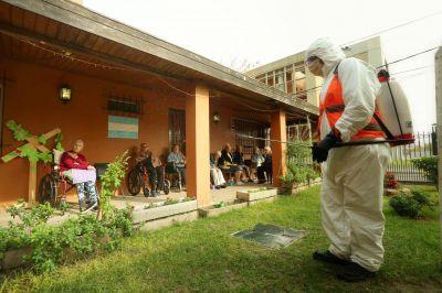 Operativo de desinfección en residencias y geriátricos del distrito