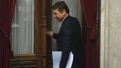 Cristina apela a una carta de Naidenoff para pedir sesiones online