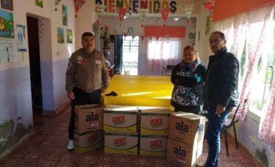 Empleados de AFIP entregaron ayuda a Club de Abuelos