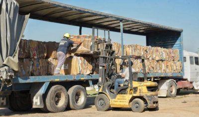 La Municipalidad de Arroyito vendió cartón para reciclaje por primera vez