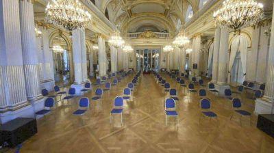 La Legislatura porteña arranca con sesiones mixtas y le marca la cancha al Congreso