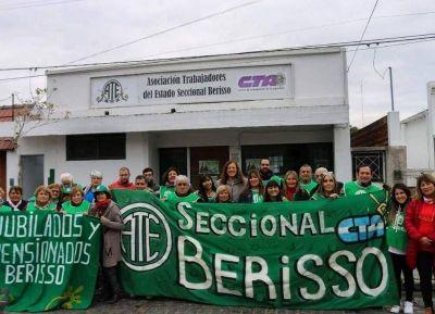 Homenaje a los trabajadores de primera línea y a la lucha de la clase obrera