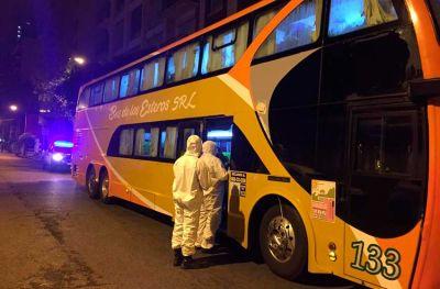 Urgente: 21 pasajeros tenían fiebre en el micro interceptado esta madrugada