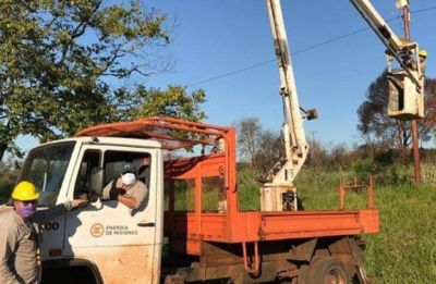 Energía de Misiones realizó reparaciones y renovación de equipos en Bernardo de Irigoyen y San Pedro