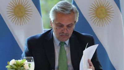 Alberto Fernández evalúa extender los plazos de negociación con los bonistas para evitar un nuevo default