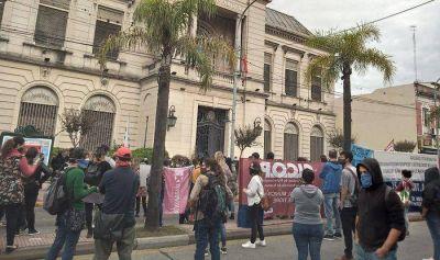 Tigre: Mesa de Diálogo entre el Municipio y los trabajadores cesanteados