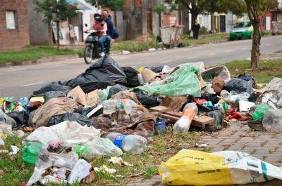 Continúan las medidas de fuerza y no habrá recolección de basura nocturna