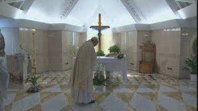 """El Papa reza por los artistas: """"sin belleza, el Evangelio no puede ser entendido"""""""