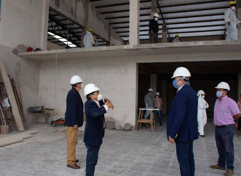 Jujuy: El gobernador visitó la última etapa de la construcción civil de la planta para envasar Agua Potable