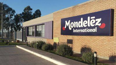 Todo al revés: Mondelez, que no paró en el aislamiento, detiene la producción y suspende a sus operarios