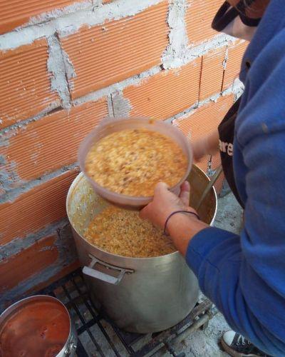 ATE Tigre realizó una olla popular en Los Troncos