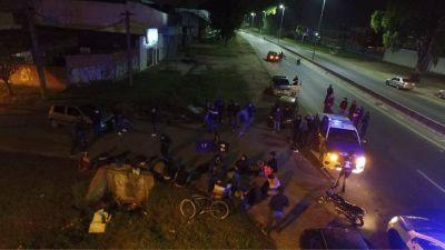 Policía de Quilmes detiene a 25 jóvenes por violar la cuarentena en Berazategui casi en el límite con Varela