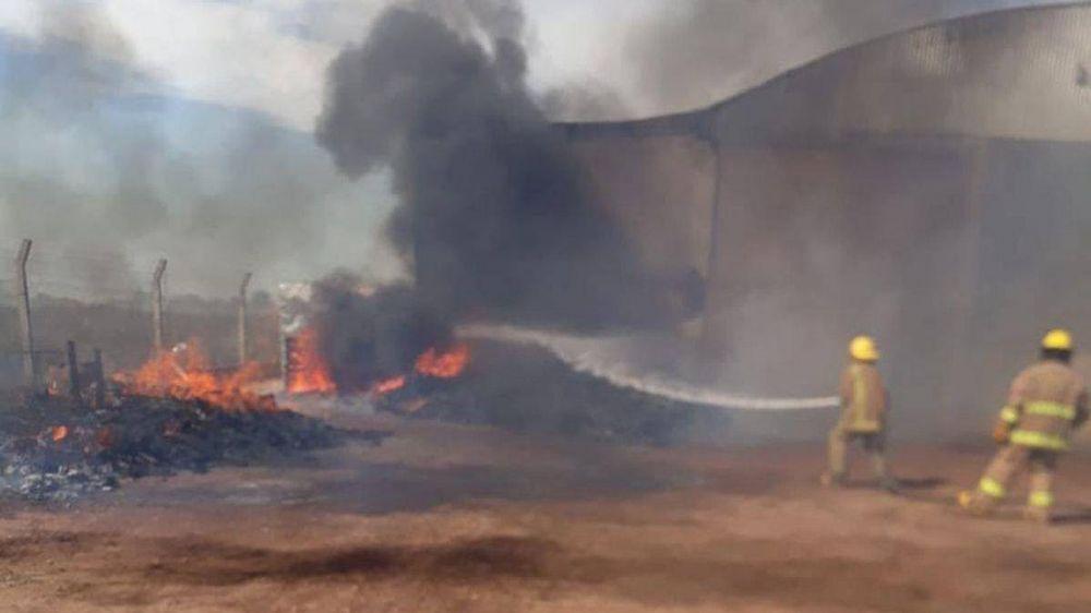 Siguen registrándose quemas de pastos y basura