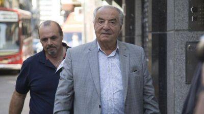 A pesar de que pactó reducciones, Cavalieri pidió que los aportes al sindicato sean por el 100% de los salarios