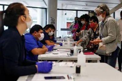 El sistema de salud de Santiago de Chile se encuentra al límite de su capacidad con el 87% de las camas de cuidados intensivos ocupadas