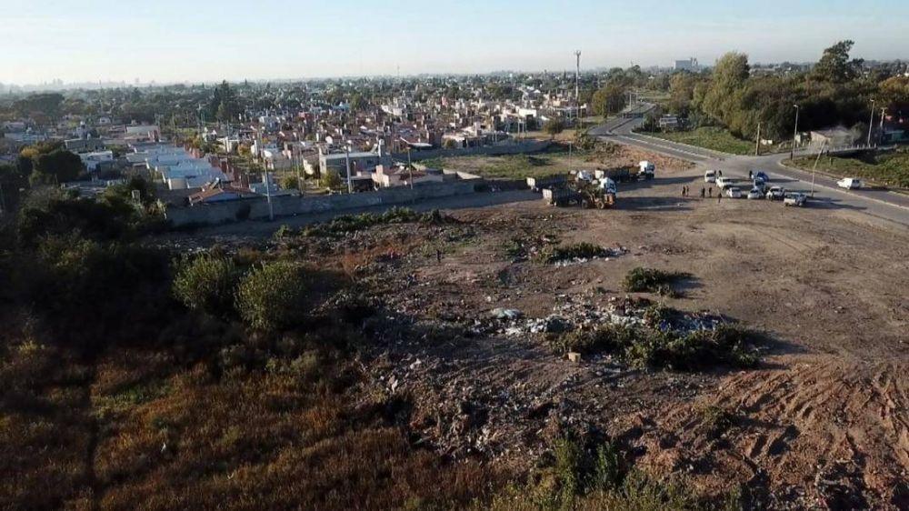 La Municipalidad de Córdoba realizó tareas de limpieza en el basural más grande de la ciudad