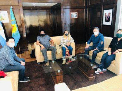 Nardini se reunió con representantes de Barrios de Pie