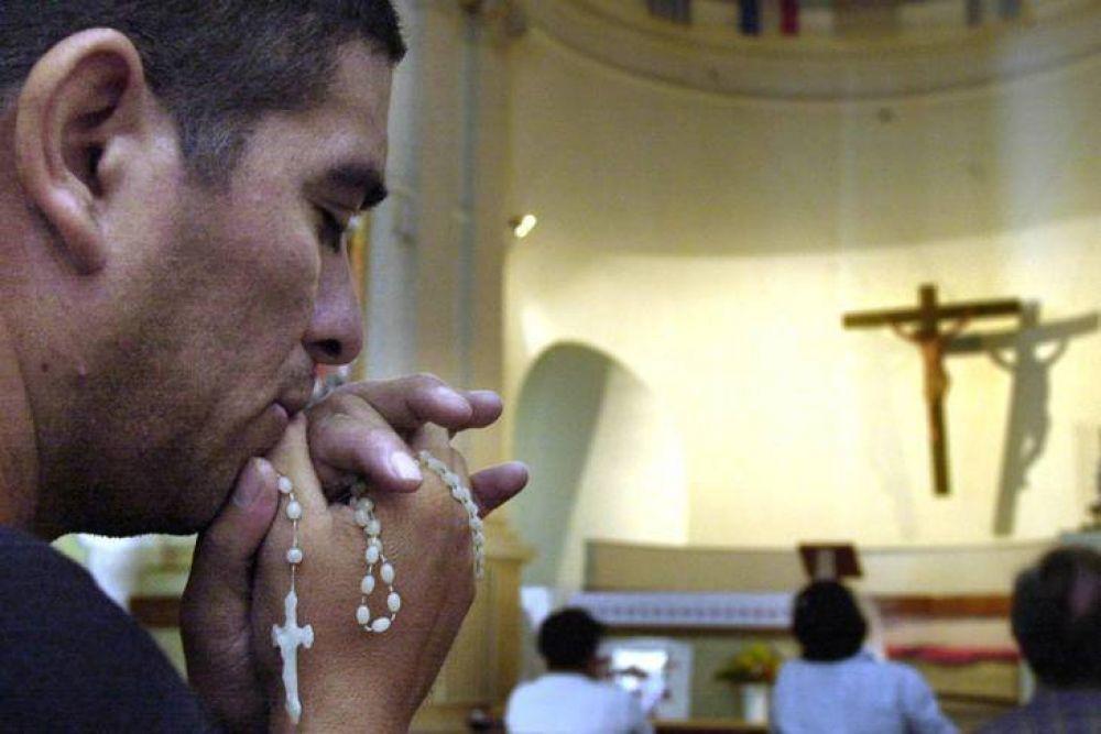 Para contener la presión de los ortodoxos, el Gobierno permitirá que los provincias flexibilicen las misas
