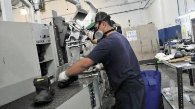 El riesgo de cierre de pequeñas y medianas empresas pasó del 6% al 8%