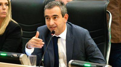 """Intendente de Rosario dijo que es """"imposible"""" sostener el sistema de transporte """"sin ayuda del Estado nacional"""""""