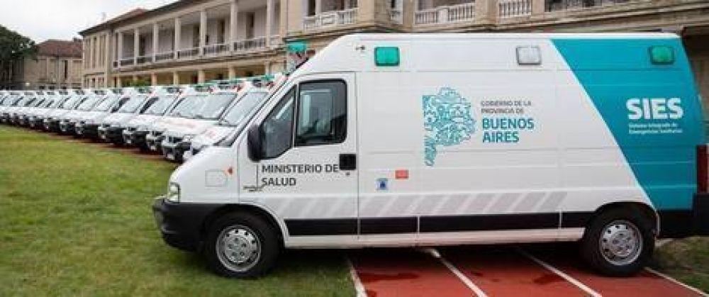 La Región Sanitaria V recibió dos nuevas ambulancias para hacer frente a la crisis