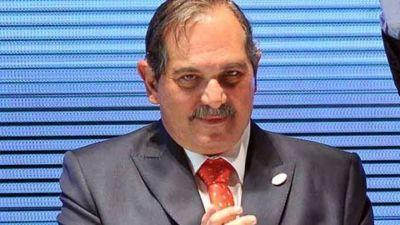 Tucumán: Acusan a José Alperovich de distribuir bolsones de dinero desde Casa de Gobierno