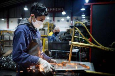 Según una encuesta, el 31 % de los trabajadores marplatenses no está percibiendo ingresos por la crisis