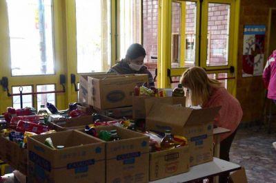 Continúa la entrega de alimentos en escuelas de Morón