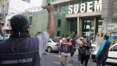 La justicia imputó a 13 dirigentes de los municipales cordobeses por protestar contra el recorte de sus salarios